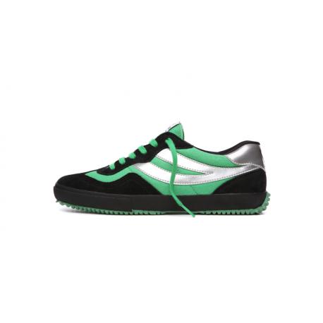 Le scarpe di Supergiovane